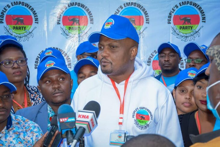 Gatundu South Member of Parliament Moses Kuria has revealed how Jubilee Party started crumbling apart slowly.