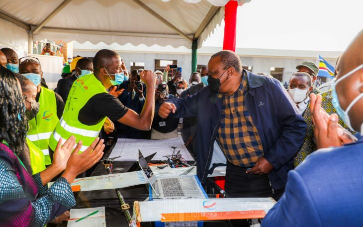 Uhuru Ukambani tour: President tells his deputy Kenyans do not need handouts